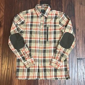Wrangler ATG Men's Plaid Button-Down Shirt with Elbow Patches